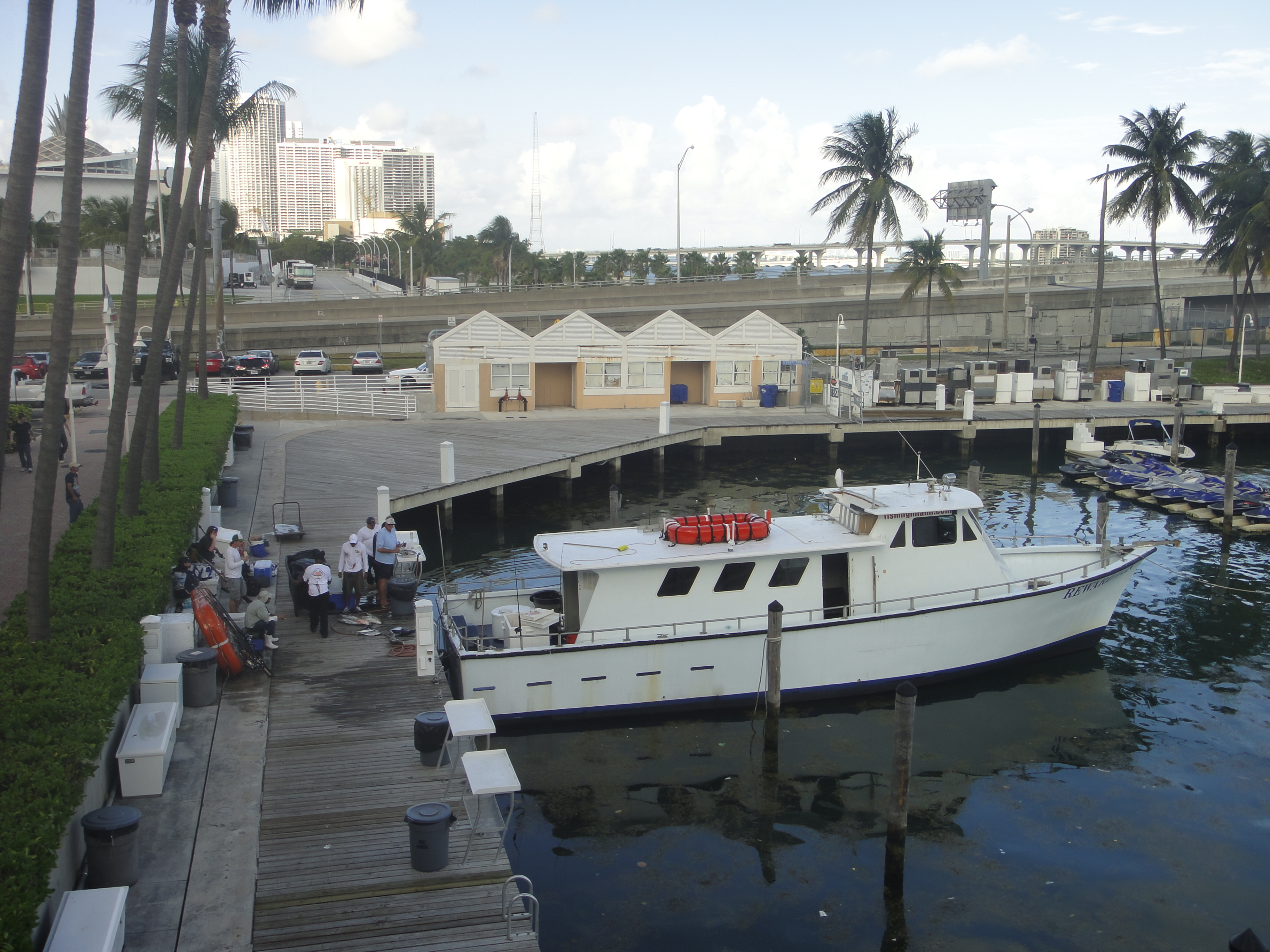Tips for party boat fishing in south florida shorebound for Miami fishing party boat