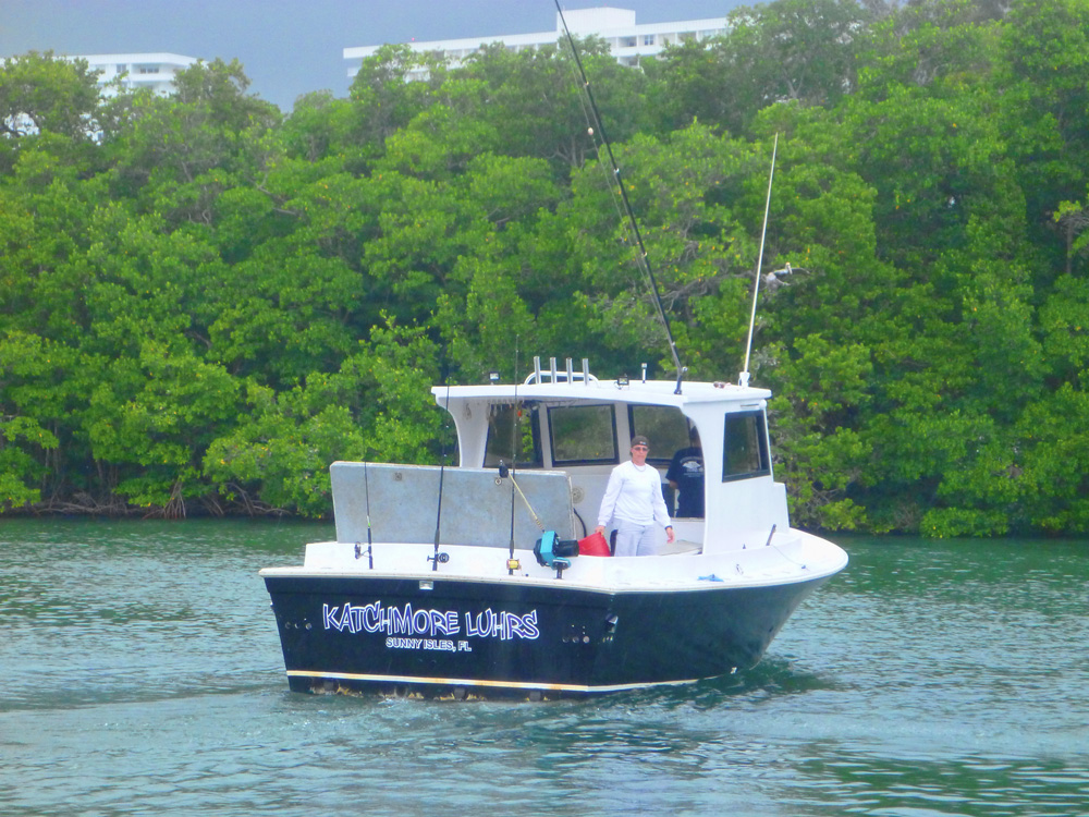 Man day fishing trip on the katchmore a jigging trip for Commercial fishing florida