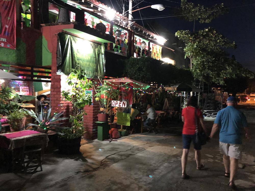 streets of la cruz de hanacaxtle